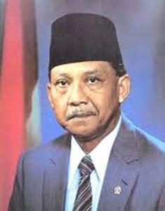 Umar Wirahadikusumah